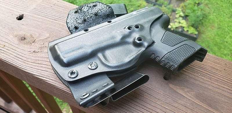 best mossberg pistol holster