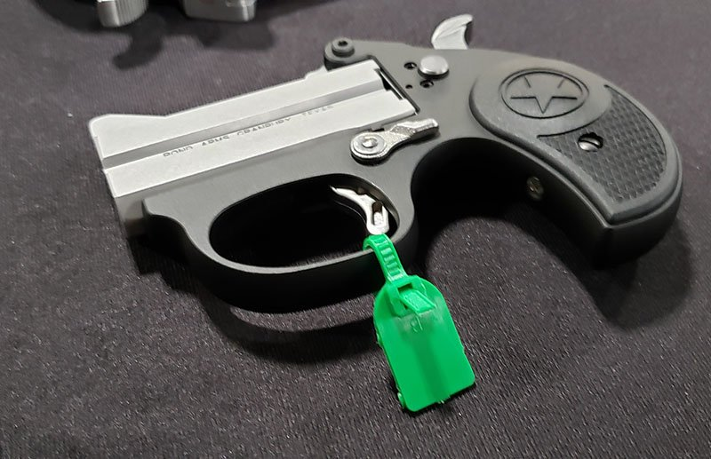 bond arms stinger